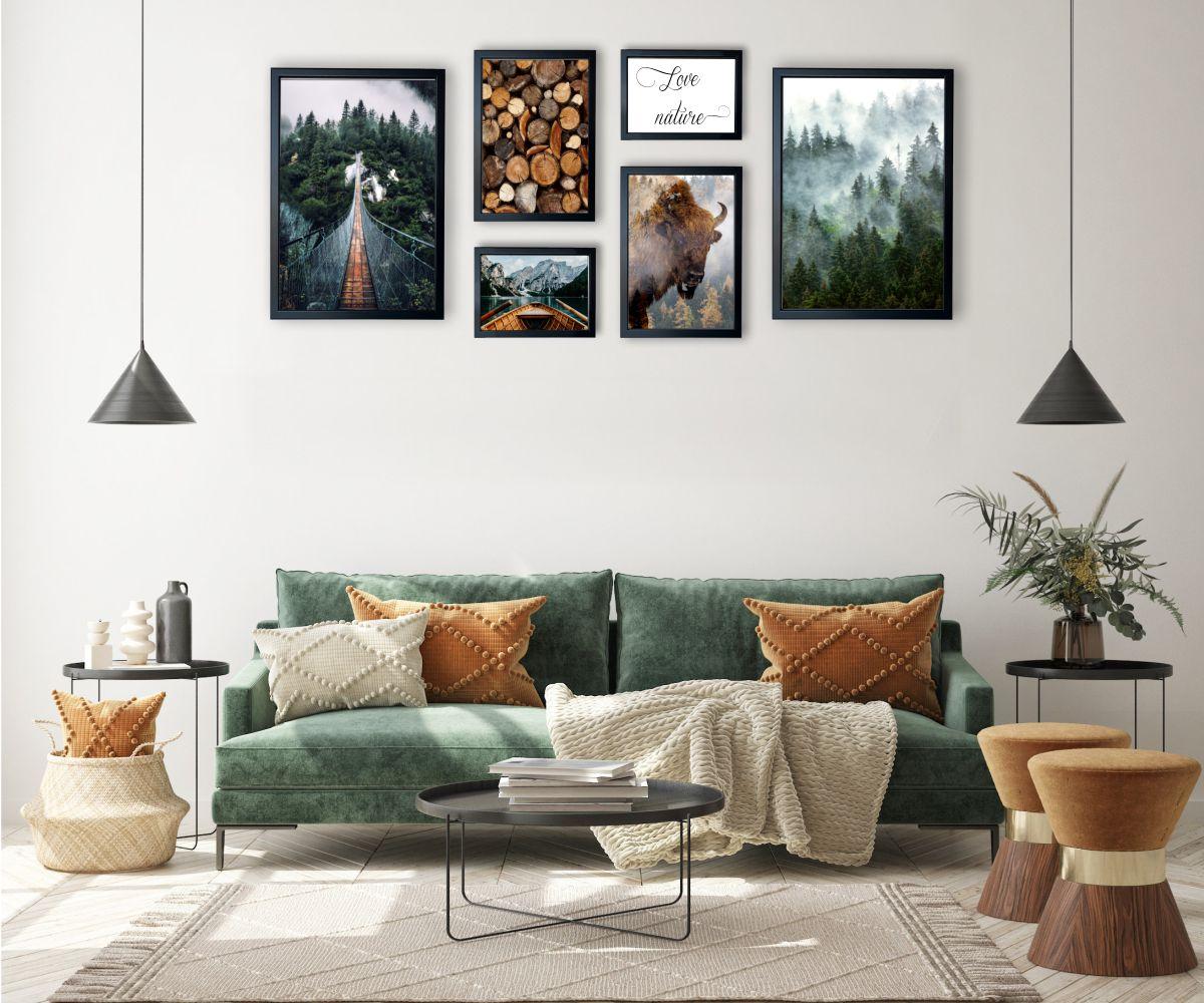 galeria las nad kanapą