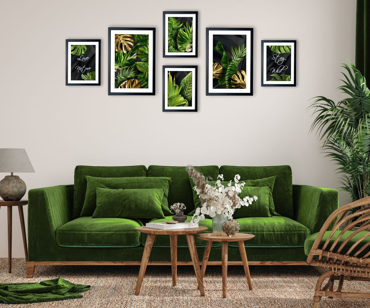galeria tropical monstera nad kanapą