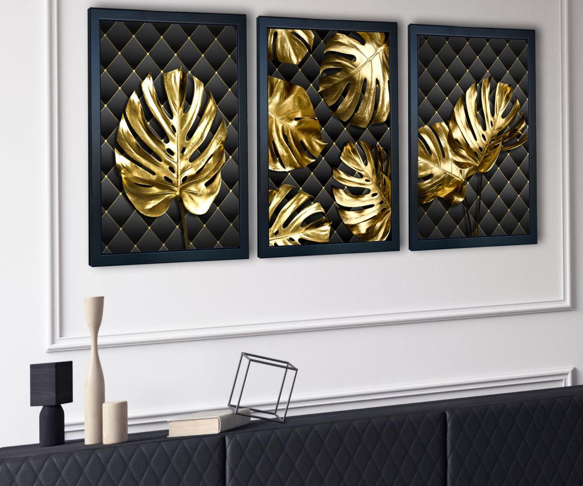 Monstera Gold w salonie z boku