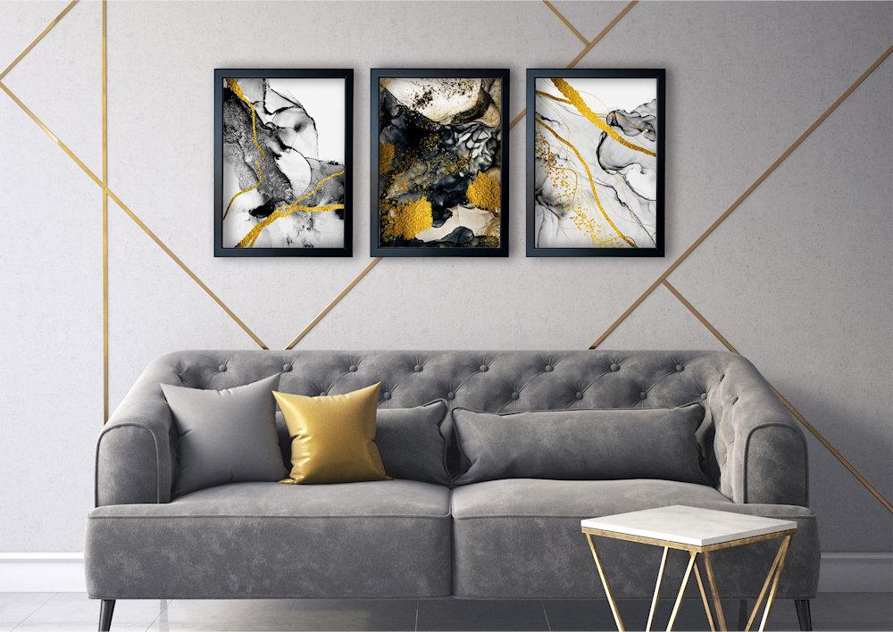 abstrakcja czarno-złota nad stylową kanapą