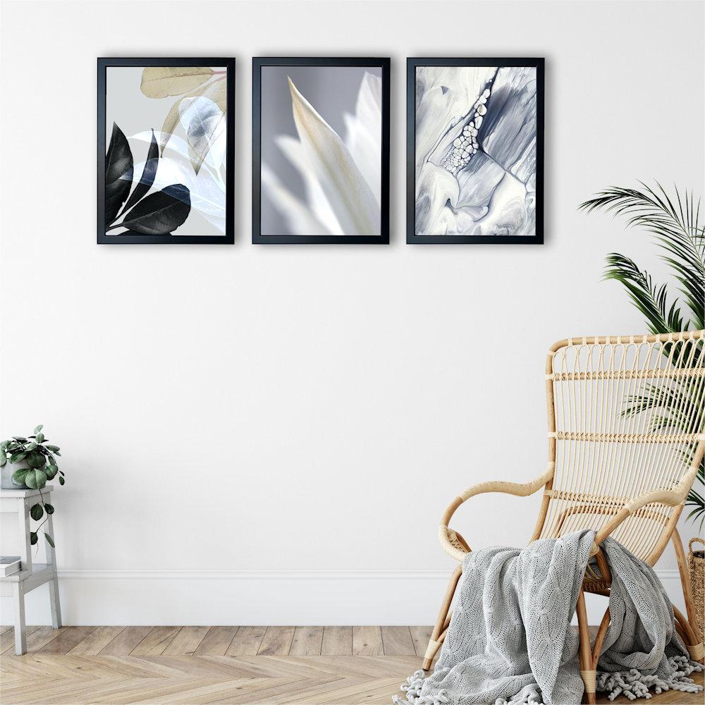 Obraz biały kwiat na białej ścianie