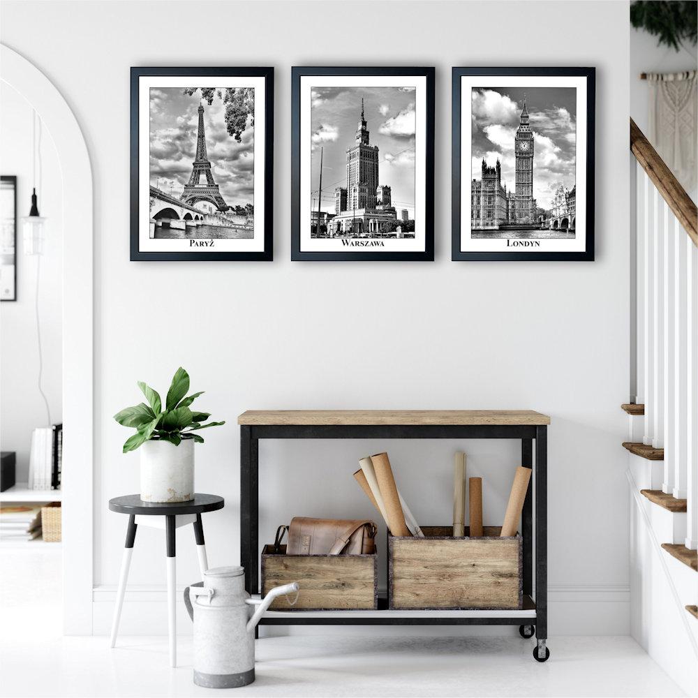 fotografie stolic w salonie