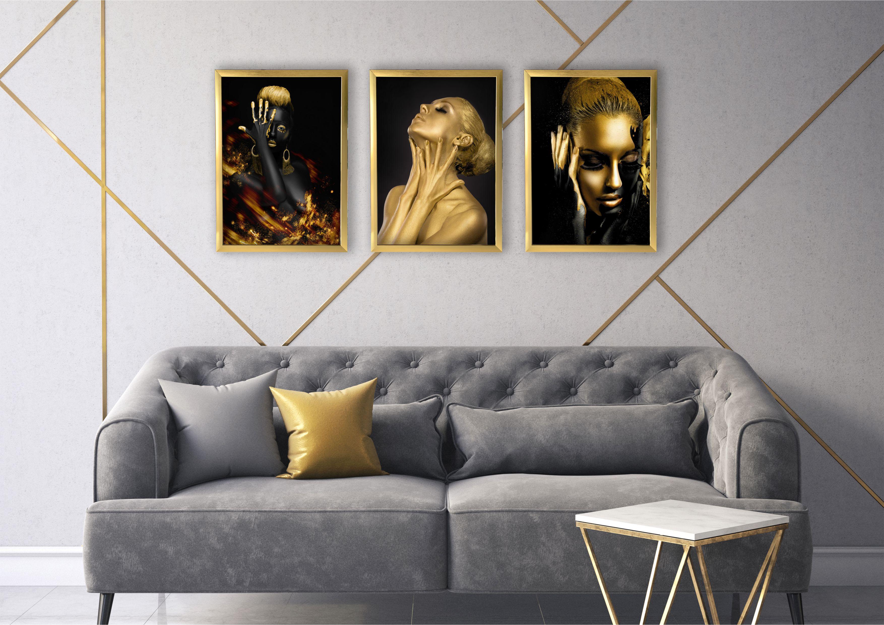 złote kobiety w salonie