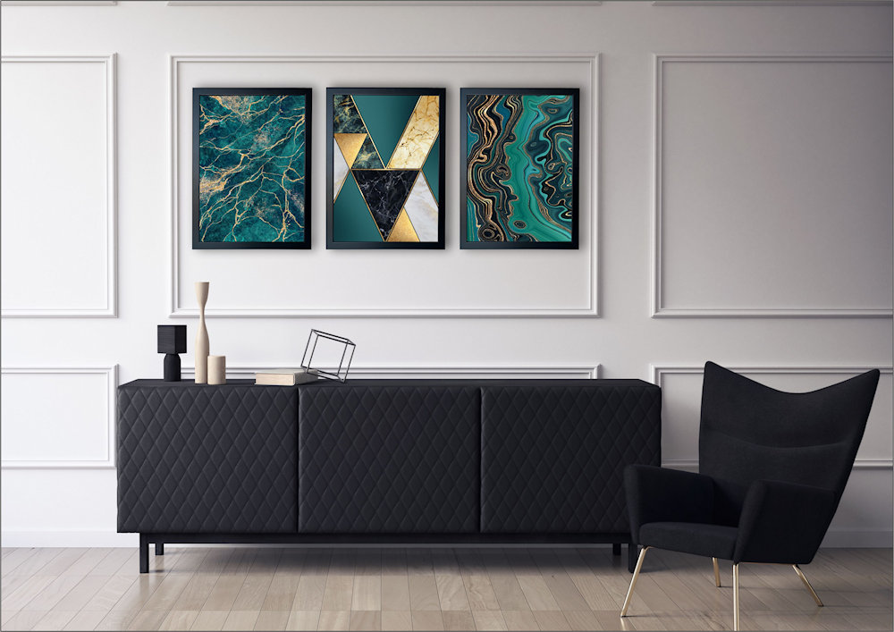 marmury turkusowe nad stylową kanapą pod kątem
