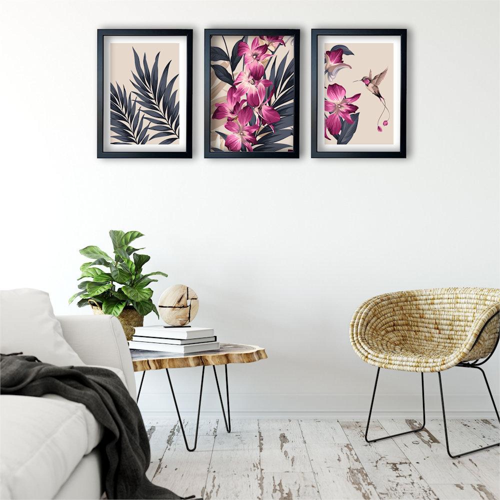 różowa orchidea w salonie zbliżenie