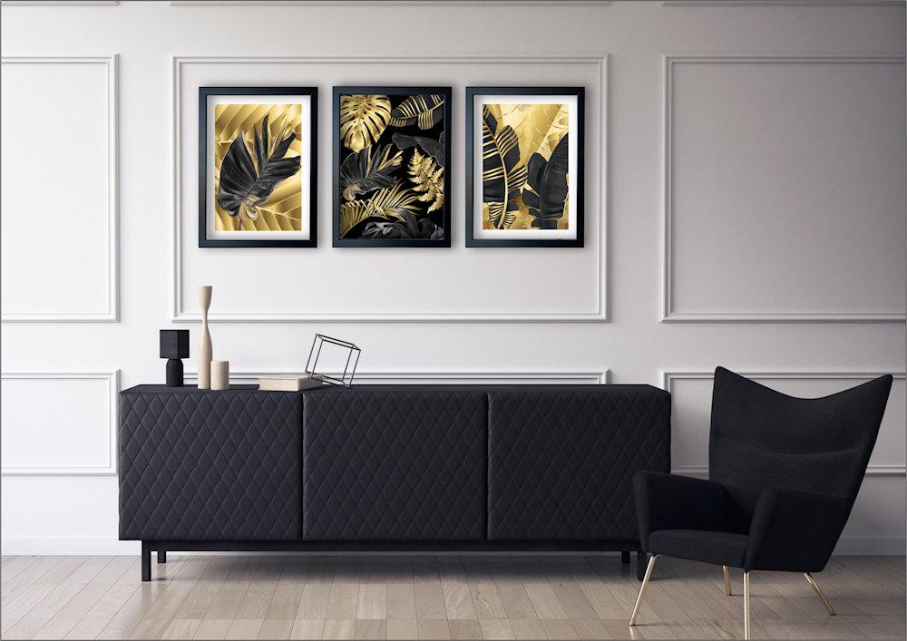 tropikalne liscie w salonie