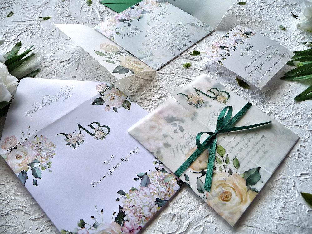 Zaproszenia ślubne z kalką kremowe róże ujęcie 3